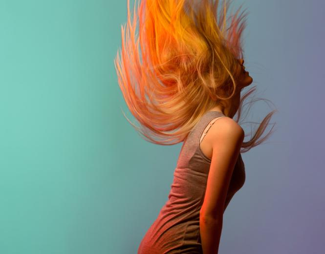 محصولات مراقبتی برای موهای رنگ شده