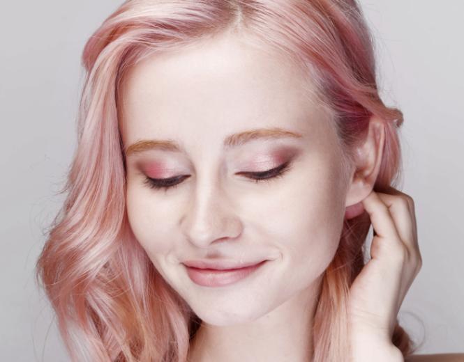 سایه چشم مناسب برای پوستهای روشن