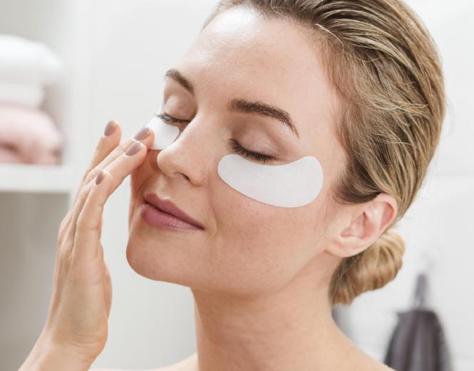 خرید بهترین ماسک دور چشم برای رفع سیاهی
